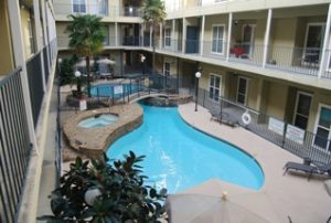 Marina Pointe Condominiums swimming pool